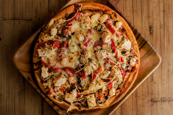 Seafood Bar Pizza